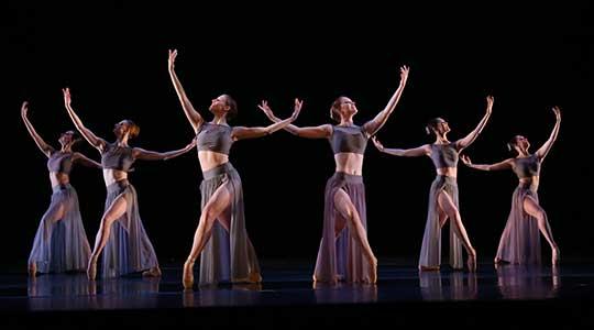 Performing Arts Department Presents The Messiah La Roche College