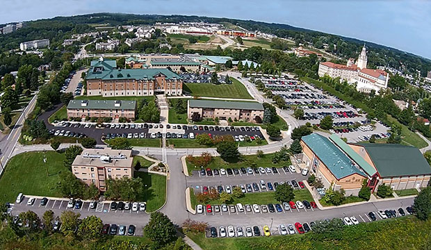 Parking student ids la roche college for Garden city community college baseball
